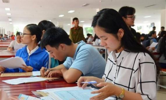 Tìm trường xét tuyển học bạ tại TpHcm để nắm chắc cơ hội trúng tuyển
