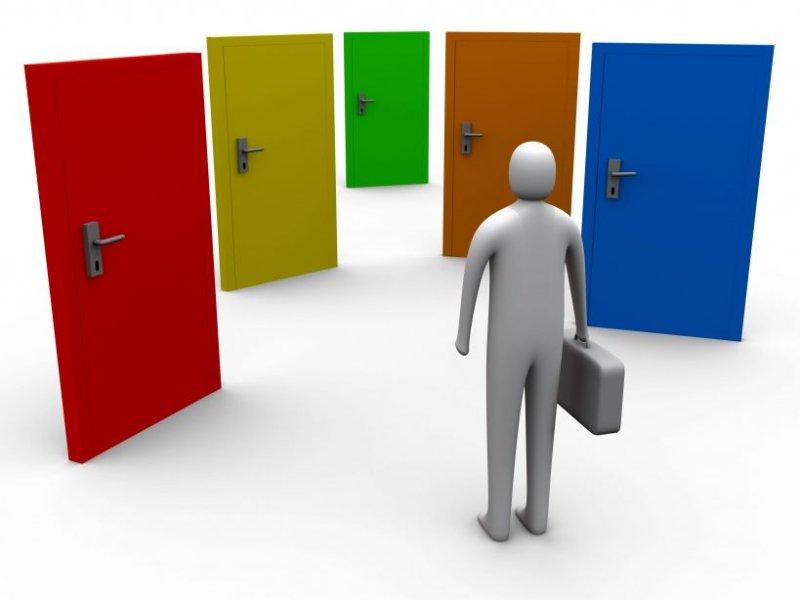 Bạn đang phân vân trước nhiều cánh cửa vào đời