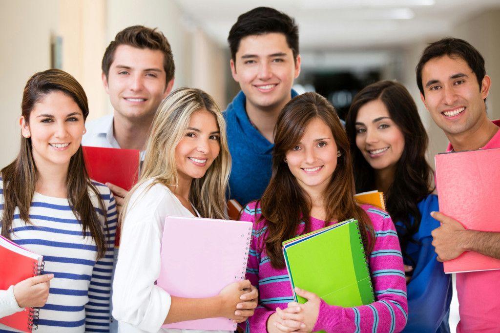 Các khóa học anh văn giao tiếp thường thu hút nhiều học viên